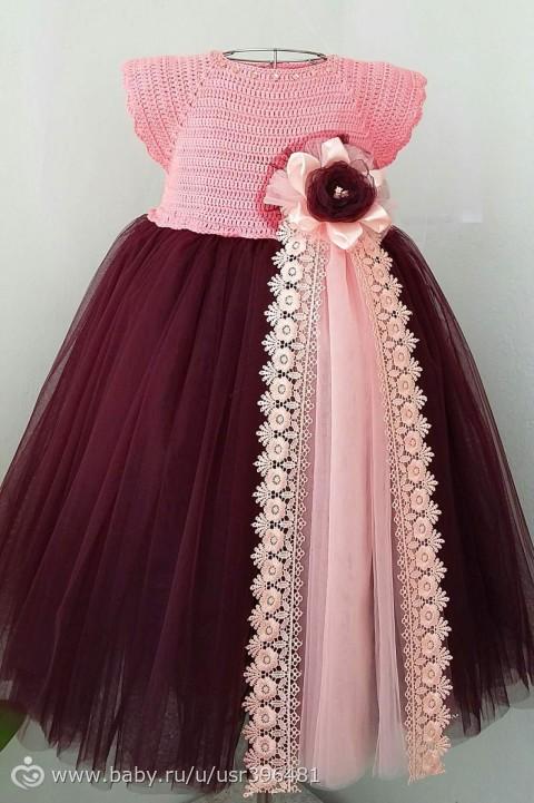 Платье из фатина с вязаным верхом - результаты поиска