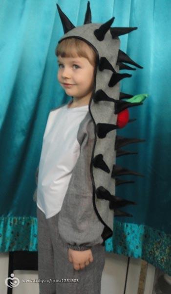 Как сделать костюм ежа для мальчика