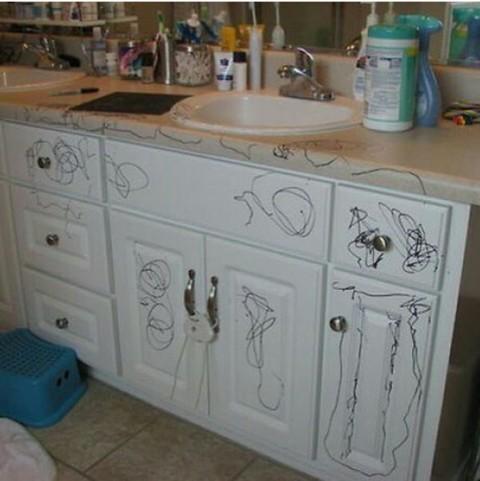 Вот сижу и думаю... ведь у меня же тоже кухня белая....🤔
