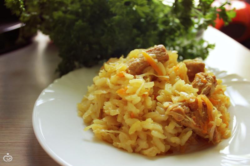 Бигус из квашеной капусты и риса.