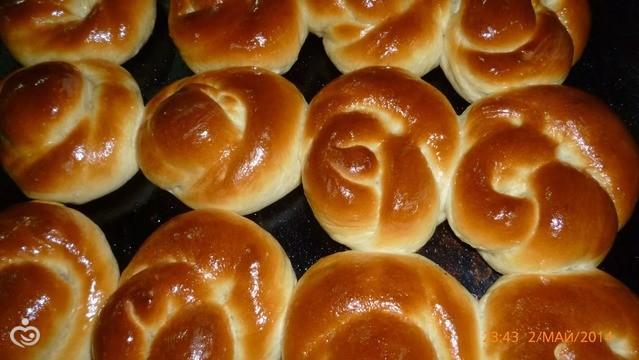 Рецепт простых булочек с сахаром в духовке